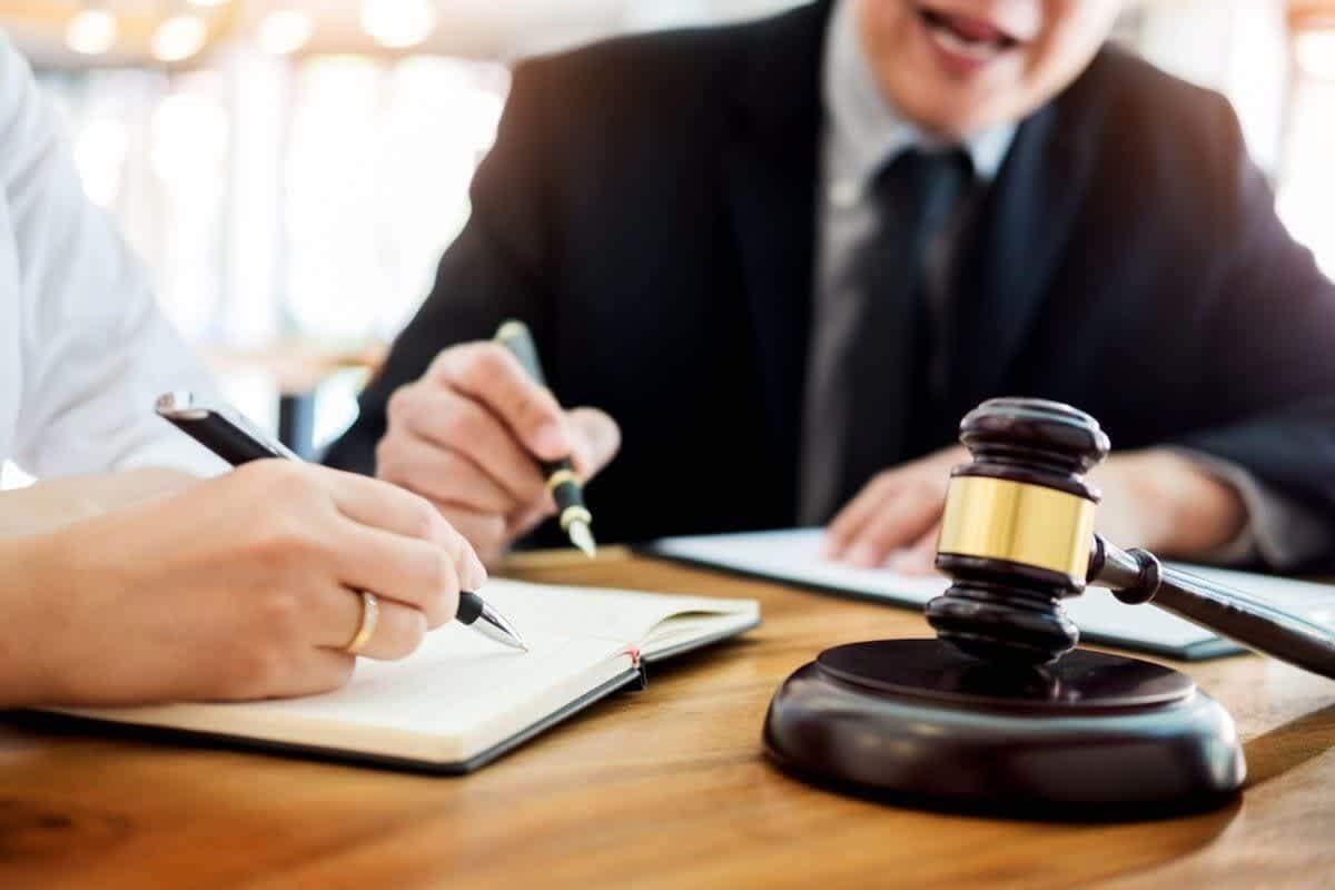 En İyi Adana Boşanma Avukatını Seçerken 7 Kriter